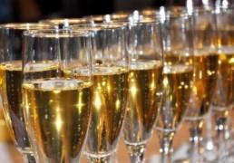 I Giochi Alcolici per Sedurre una Donna