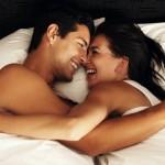 Come Comportarti la Prima Volta che Dormi Insieme a Lei