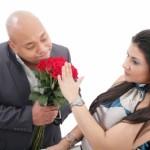 Donna rifiuta di essere sedotta dall'uomo