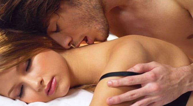 massaggio erotico ai capezzoli