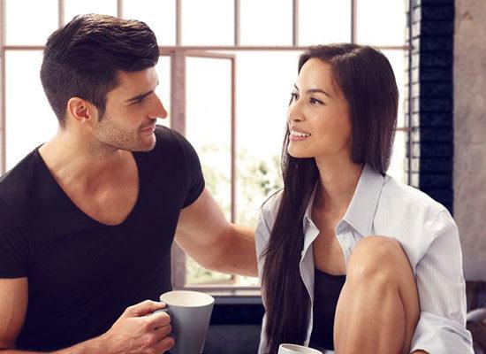 Come conquistare una ragazza il metodo dall'approccio al rapporto